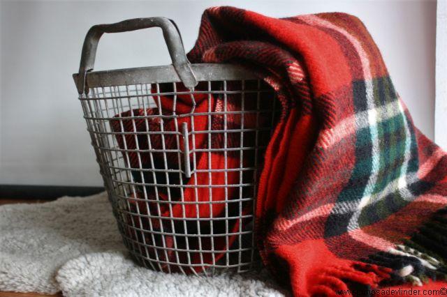 Wollen Deken Geruit.Verkocht Deken Wollen Geruit Blauw Groen Rood Blanket